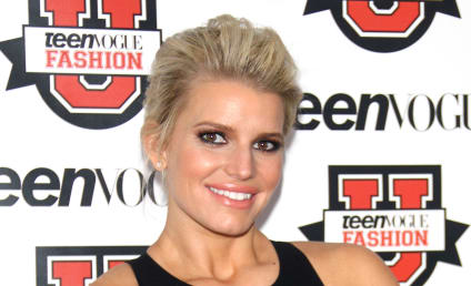 Jessica Simpson Spends HOW MUCH on Food & Booze Each Month?!