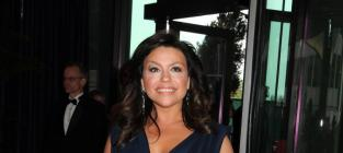 Rachael Ray: Cooking Topless, Planning Burger Joints
