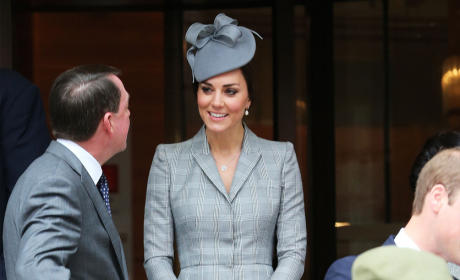Kate Middleton: Pregnant in Public!
