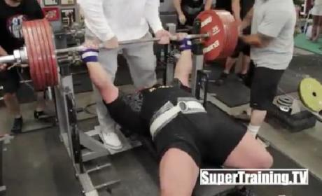 Eric Spoto Breaks Bench Pressing World Record