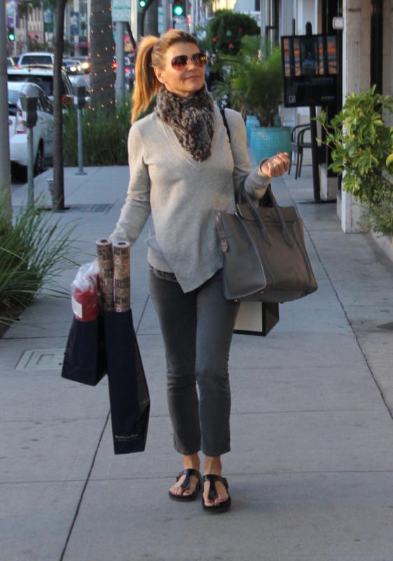 Lori loughlin shops in beverly hills