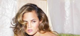 Chrissy Teigen: Topless! LOLing at Moron Body Shaming Trolls!