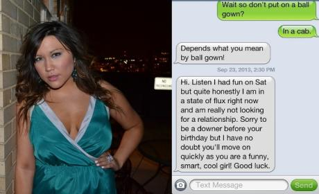Girl Gets Dumped Via Text, DESTROYS Guy in Response, Posts on Blog