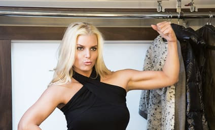 Jessica Simpson Weight Watchers Photo: Welcome to the Gun Show!