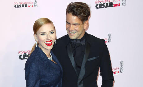 Scarlett Johansson and Romain Dauriac: Secretly Married!