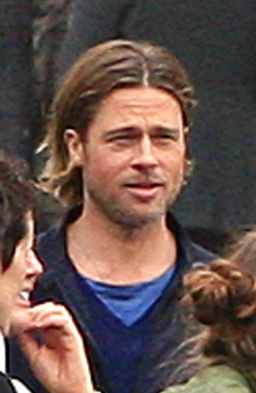 Brad pitt world war z set