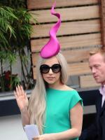 Lady Gaga, Sperm Hat
