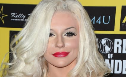 Courtney Stodden Talks Marriage, Pregnancy Rumors in New Interview
