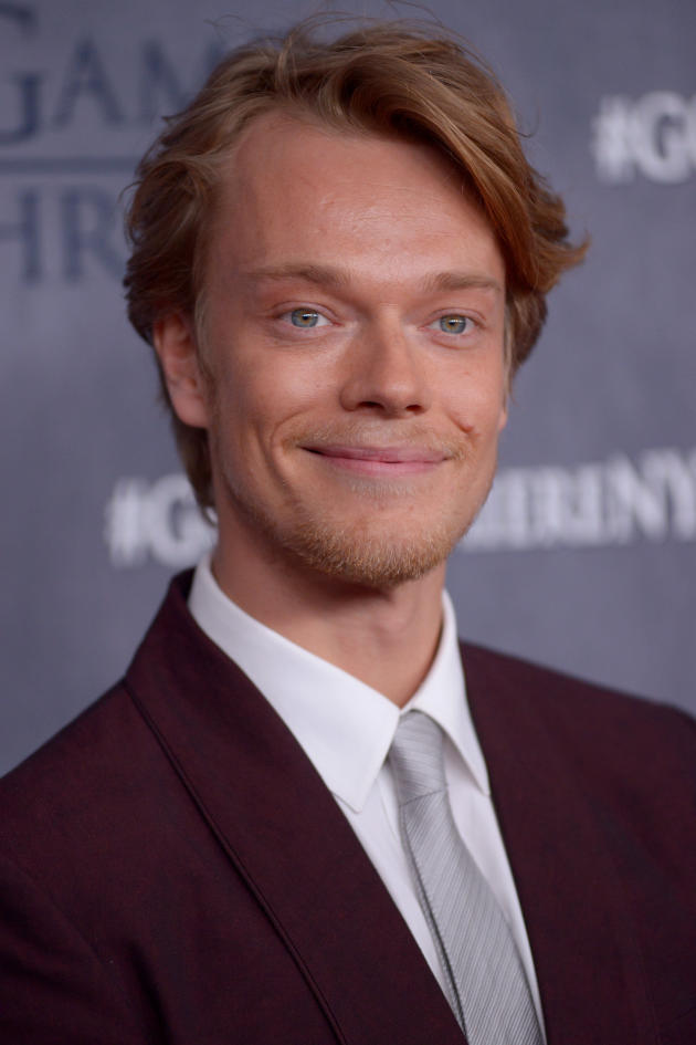 Alfie Allen Photo