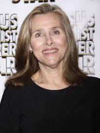 Meredith Vieira Red Carpet Pic