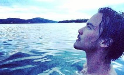 Tyler Blackburn: Naked on Instagram!!!
