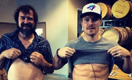 Stephen Amell Shows Off RIDICULOUS Six-Pack, Supports Movember