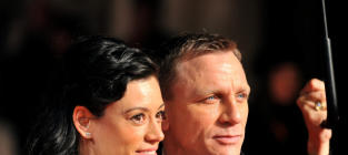 Satsuki Mitchell on Daniel Craig Leaving Her for Rachel Weisz: Charge It!