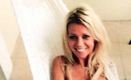 Tara Reid: Nude (And Actually Hot) For 2015!