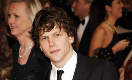 Academy Awards Fashion Face-Off: Jesse Eisenberg vs. Andrew Garfield