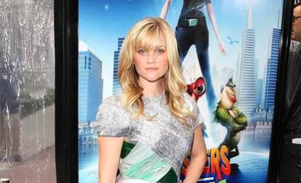 Reese Witherspoon is Monstrously Fierce at Premiere