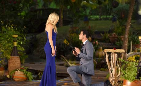 Lauren Bushnell and Ben Higgins: Cutest Bachelor Couple Ever?!