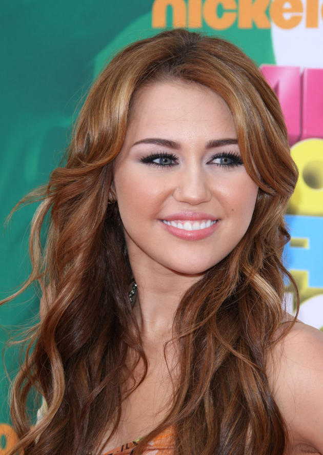 Miley Cyrus at Nickelodeon Kids Choice Awards