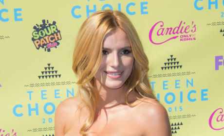 Bella Thorne at the 2015 Teen Choice Awards