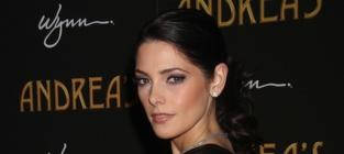 Ashley Greene Nude Photos Hit the Internet