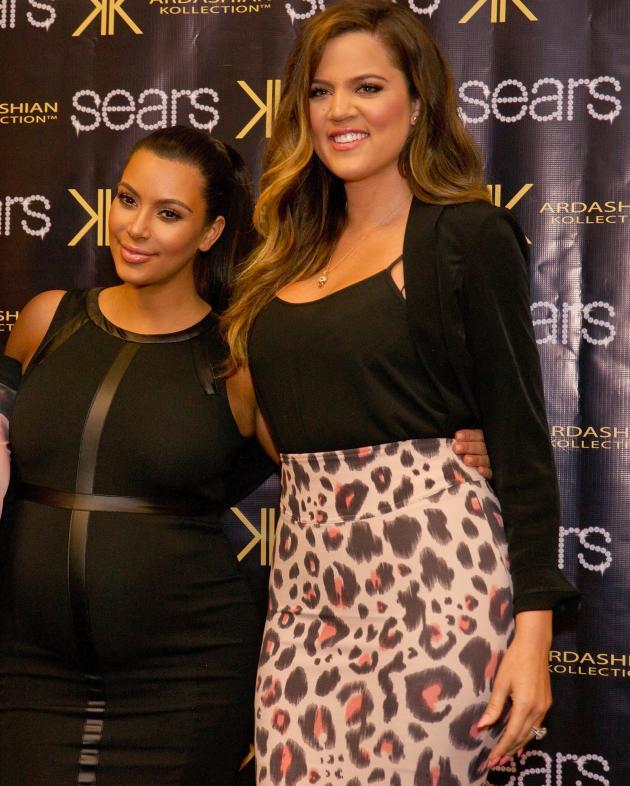 Kim & Khloe Kardashian