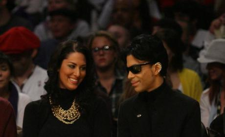 Prince Will Reportedly Handle Super Bowl Halftime Duties