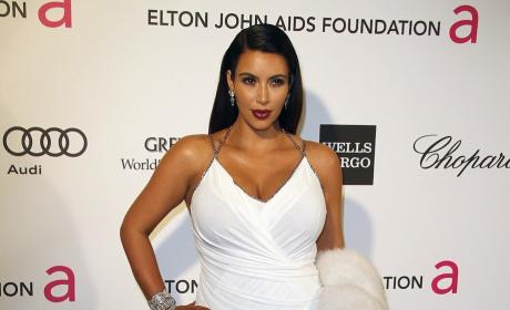 Pregnant Kim Kardashian Photo