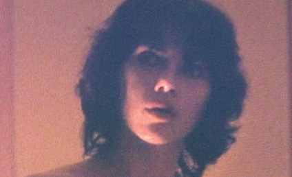 Scarlett Johansson: Nude in Under the Skin!