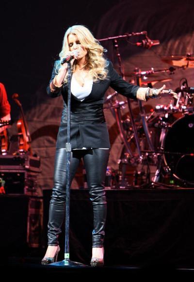Jessica Simpson, Leather Pants