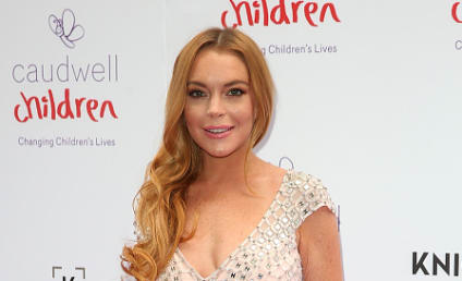 Lindsay Lohan Slams US Government, Provides Refugees With Energy Drinks