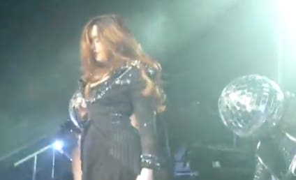 Demi Lovato Suffers On-Stage Hair Mishap: Video