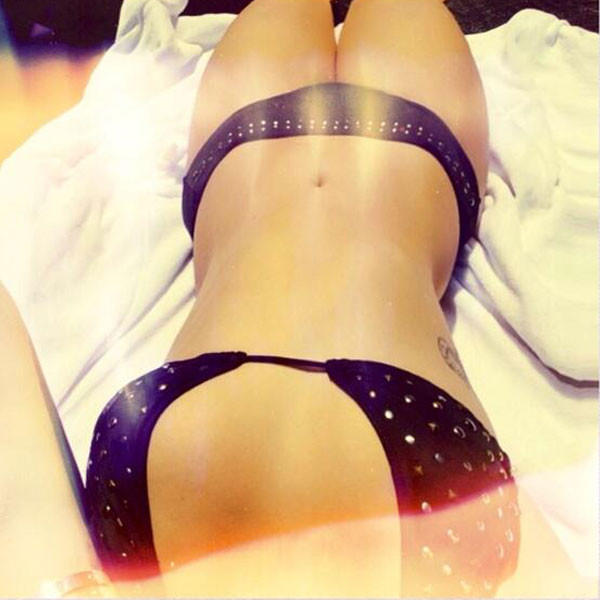 Demi Lovato Bikini Body Selfie