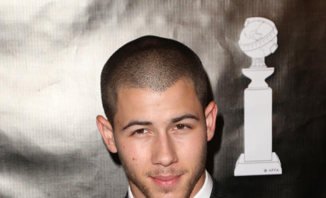 Nick Jonas & Kate Hudson: BACK ON!