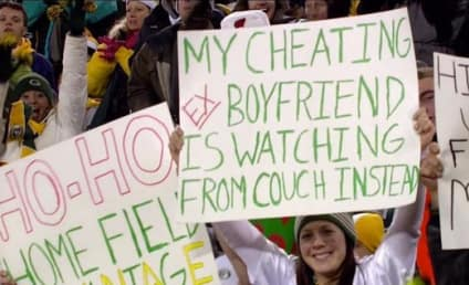 Packers Fan Slams Ex-Boyfriend on Best Sign Ever