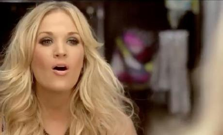 Carrie Underwood Debuts Sunday Night Football Theme Song