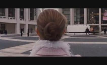 Natalie Portman Loves Girl-on-Girl Action