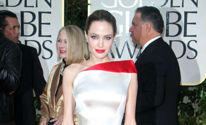 Golden Globes Fashion Face-Off: Angelina Jolie vs. Kate Winslet