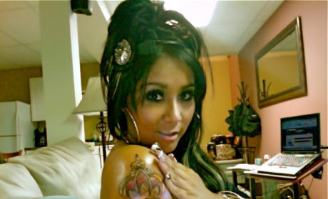 Effing Snooki Gets, Tweets Pic of New Tattoo
