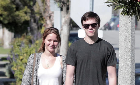 Jennifer Lawrence and Nicholas Hoult: Dating!