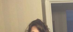 Zooey Deschanel No Makeup