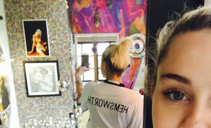 Miley Cyrus Pays Fashionable Tribute To Liam Hemsworth