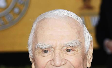 Ernest Borgnine, Oscar-Winning Actor, Dead at 95
