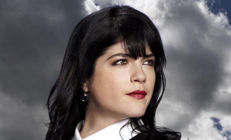 Selma Blair Cast as Kris Jenner in American Crime Story