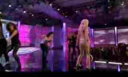 "Heidi Montag ""Performs"" at Miss Universe 2009"