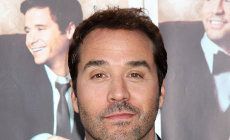 Jeremy Piven Calls Billy Out on Bush League Interview