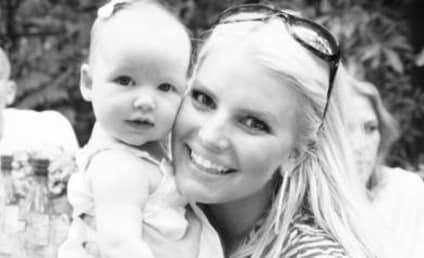 Jessica Simpson Tweets Adorable Baby Pics