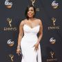 Niecy Nash at the 2016 Emmys