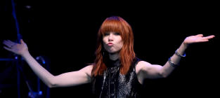 Carly Rae Jepsen to Portray Cinderella on Broadway