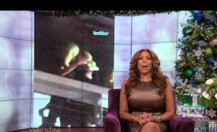 Wendy Williams: Taylor Swift Kissed Karlie Kloss! And She Has Soccer Mom Hair!