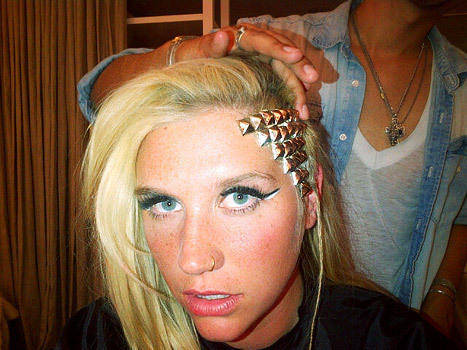 Ke$ha Goes Gold
